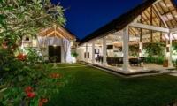 Gardens - Villa Noa - Seminyak, Bali