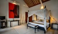 Four Poster Bed - Villa Noa - Seminyak, Bali