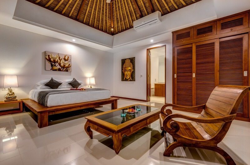 Bedroom with King Size Bed - Villa Oceana - Candidasa, Bali