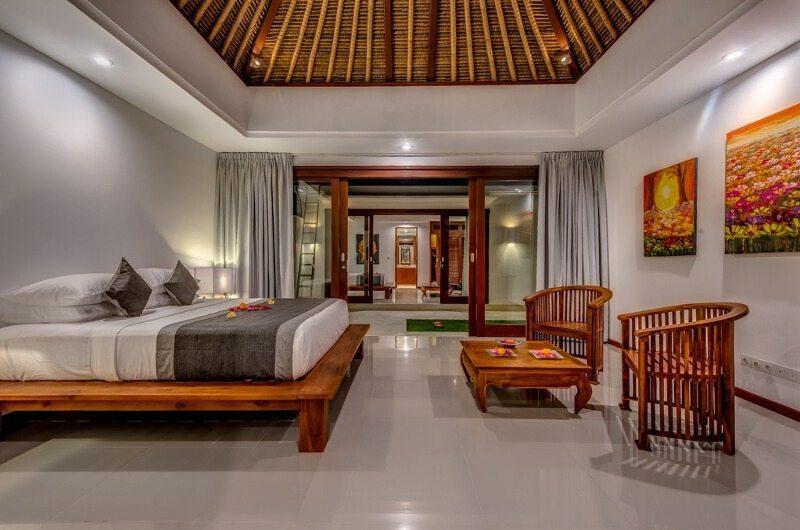 King Size Bed - Villa Oceana - Candidasa, Bali