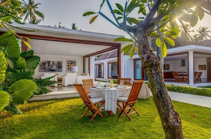 Outdoor Dining - Villa Oceana - Candidasa, Bali