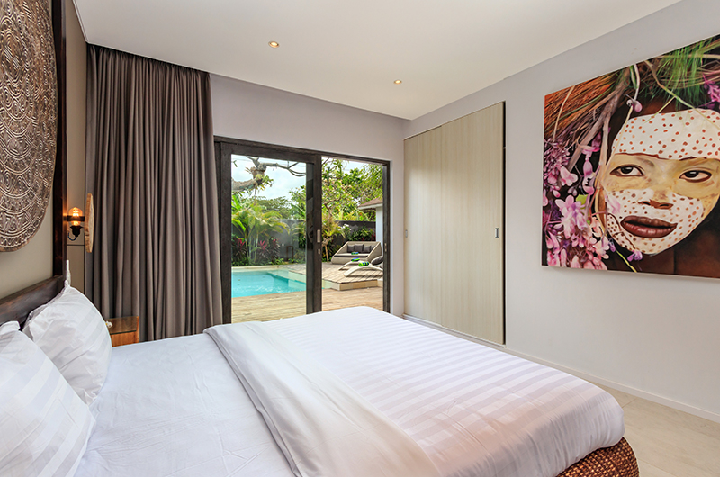 Bedroom with Pool View - Villa Ohana - Kerobokan, Bali