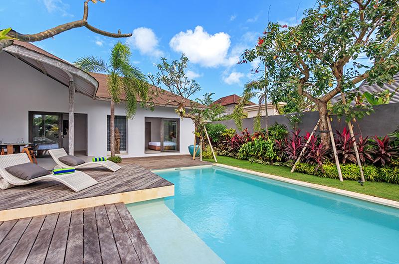 Pool Side - Villa Ohana - Kerobokan, Bali
