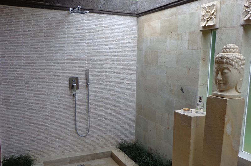 Bathroom with Shower - Villa Orchids - Ubud, Bali