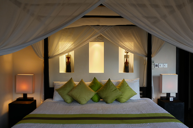 Four Poster Bed - Villa Orchids - Ubud, Bali