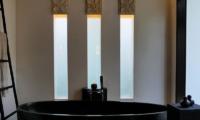 Bathtub - Villa Orchids - Ubud, Bali