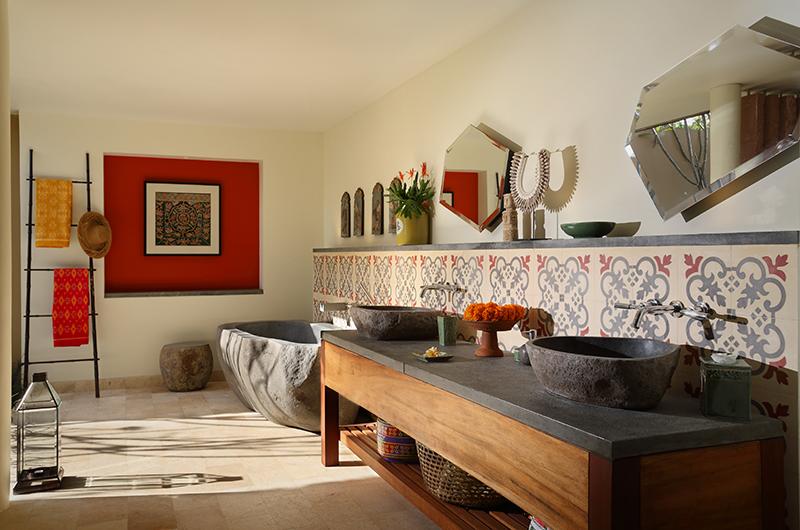 His and Hers Bathroom with Bathtub - Villa Palem - Tabanan, Bali