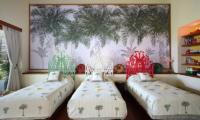 Bedroom with Triple Beds - Villa Palem - Tabanan, Bali