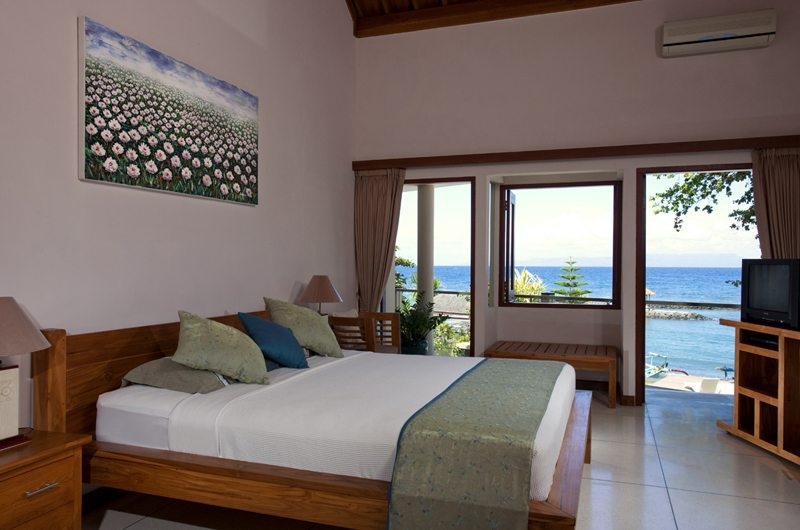Bedroom with Sea View - Villa Pantai - Candidasa, Bali