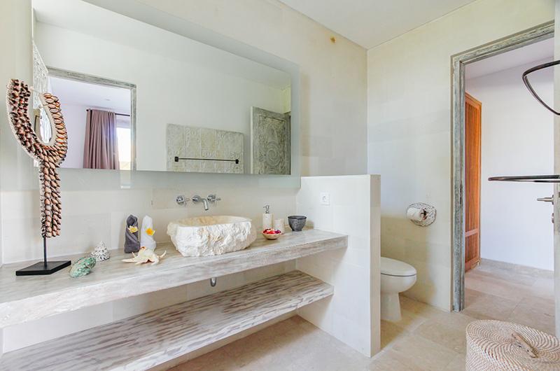Bathroom - Villa Paraiba - Seminyak, Bali