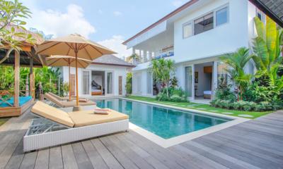 Sun Loungers - Villa Paraiba - Seminyak, Bali