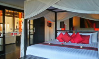 Bedroom with Four Poster Bed - Villa Passion - Ubud, Bali