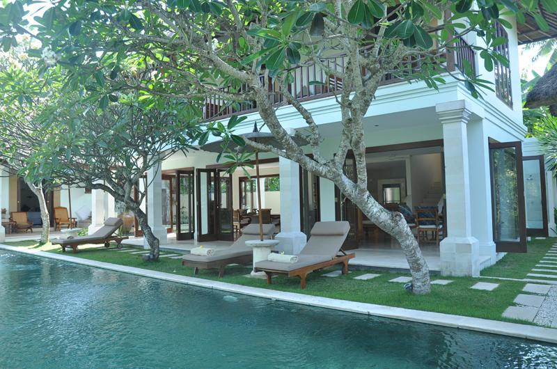 Pool Side Loungers - Villa Perle - Candidasa, Bali