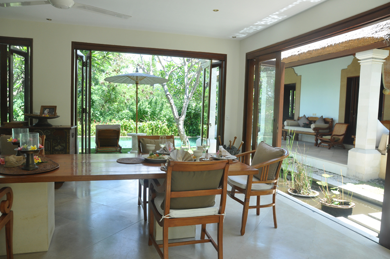 Dining Area with Pool View - Villa Perle - Candidasa, Bali