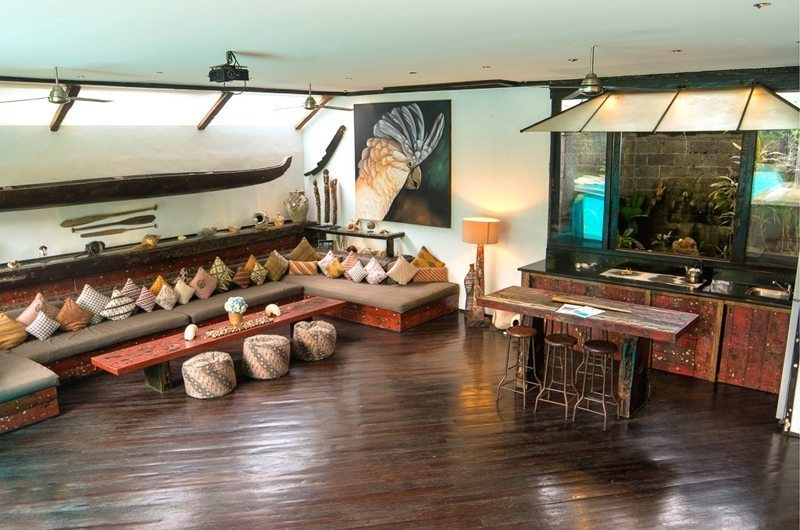 Living, Kitchen and Dining Area - Villa Phinisi - Seminyak, Bali