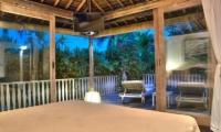 Bedroom and Balcony - Villa Phinisi - Seminyak, Bali