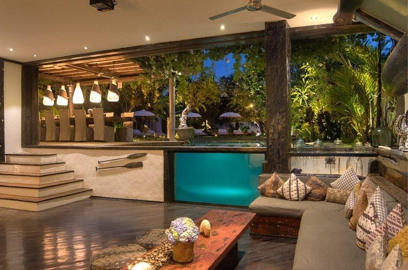 Indoor living Area - Villa Phinisi - Seminyak, Bali