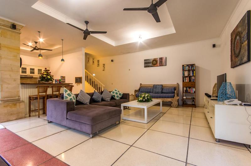 Lounge Area with TV - Villa Rasi - Seminyak, Bali