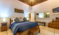 Spacious Bedroom with TV - Villa Rasi - Seminyak, Bali