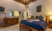 Bedroom with Table Lamps - Villa Rasi - Seminyak, Bali