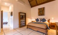 Spacious Bedroom - Villa Rasi - Seminyak, Bali