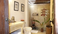 Bathroom with Shower - Villa Ria Sayan - Ubud, Bali