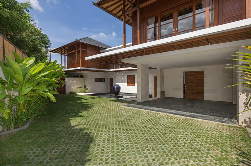 Outdoor Area - Villa Rusa Biru - Canggu, Bali