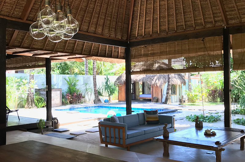 Living Area with Pool View - Villa Samudera - Nusa Lembongan, Bali