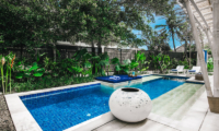 Pool at Day Time - Villa Sari - Nusa Lembongan, Bali