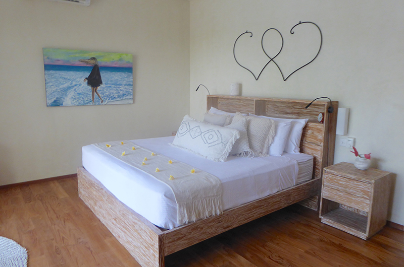 Bedroom with Wooden Floor - Villa Savasana - Canggu, Bali