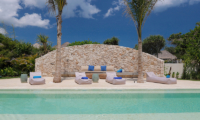 Pool Side Seating Area - Villa Seascape - Nusa Lembongan, Bali