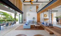 Indoor Living Area - Villa Seascape - Nusa Lembongan, Bali