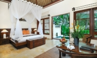 Bedroom with Pool View - Villa Semana - Ubud, Bali
