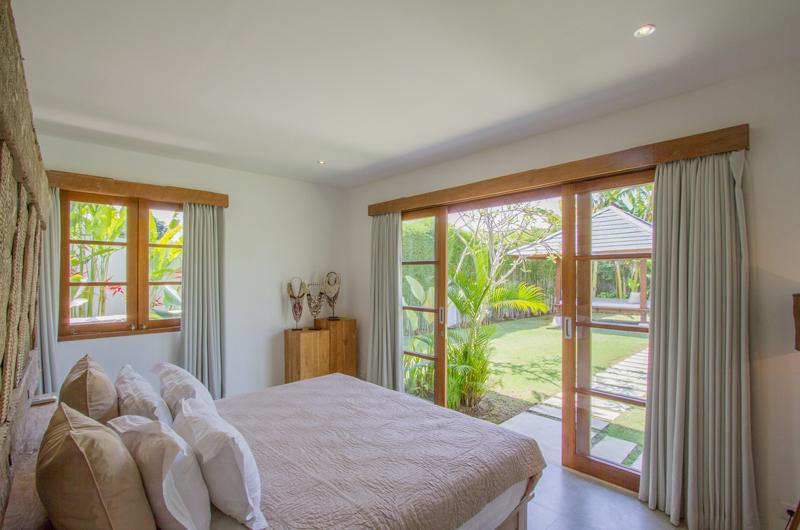 Bedroom with Garden View - Villa Senara - Canggu, Bali