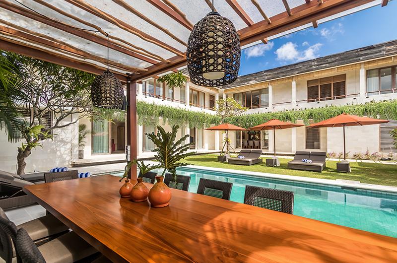 Pool Side Dining - Villa Seriska Jimbaran - Jimbaran, Bali