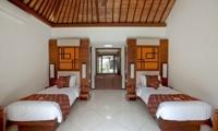 Bedroom with Twin Beds - Villa Seriska Satu Sanur - Sanur, Bali