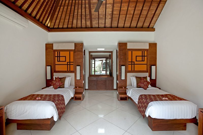 Bedroom with Twin Beds - Villa Seriska Satu Sanur - Sanur, Bali