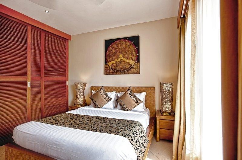 Bedroom with Lamps - Villa Seriska Seminyak - Seminyak, Bali