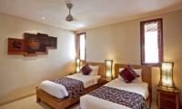 Twin Bedroom - Villa Seriska Seminyak - Seminyak, Bali