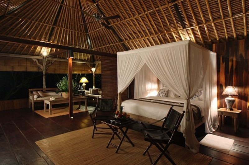 Bedroom with Wooden Floor - Villa Shamballa - Ubud, Bali