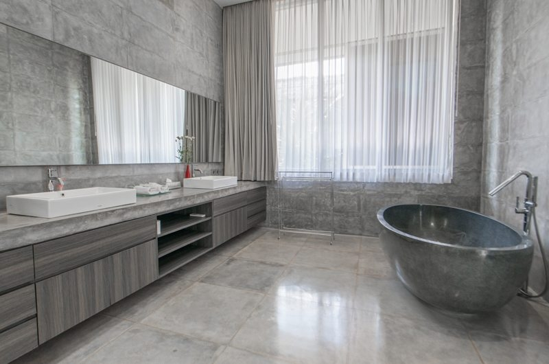 His and Hers Bathroom with Bathtub - Villa Simpatico - Seminyak, Bali