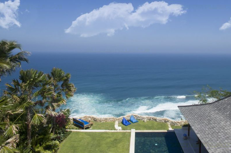 Outdoor Area with Sea View - Villa Sol Y Mar - Uluwatu, Bali