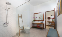 Bathroom with Shower - Villa Sol Y Mar - Uluwatu, Bali