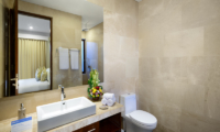 Bathroom with Mirror - Villa Sophia Legian - Legian, Bali