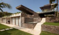 Up Stairs - Villa Suami - Canggu, Bali