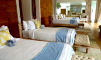 Bedroom with Four Beds - Villa Suami - Canggu, Bali