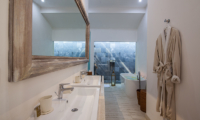En-Suite His and Hers Bathroom - Villa Sungai Bali - Tabanan, Bali