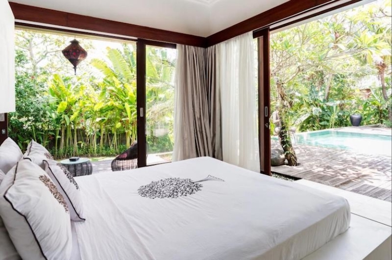 Bedroom with Pool View - Villa Tempat Damai - Canggu, Bali