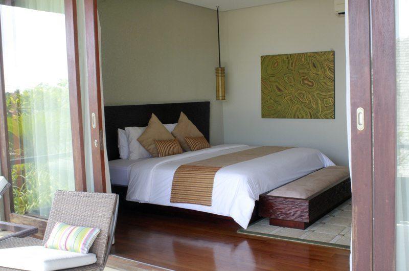 Bedroom View - Villa Tenang - Batubelig, Bali