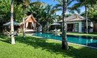 Gardens and Pool - Villa Tiga Puluh - Seminyak, Bali